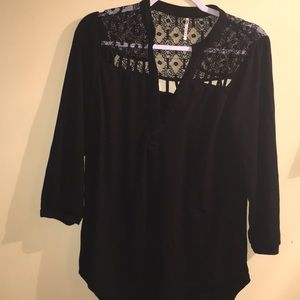 Tops - Beautiful Woman's Black Large Top